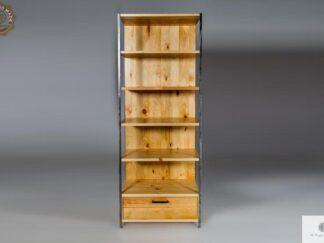 Industrialny regal ze starego drewna litego