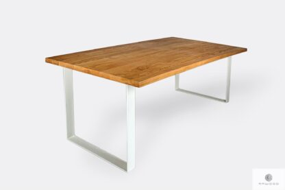 Oak table with white metal legs for size BRITA