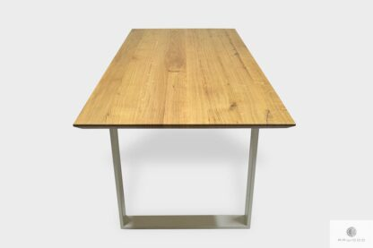 Table with oak tabletop and white legs to living room BRITA