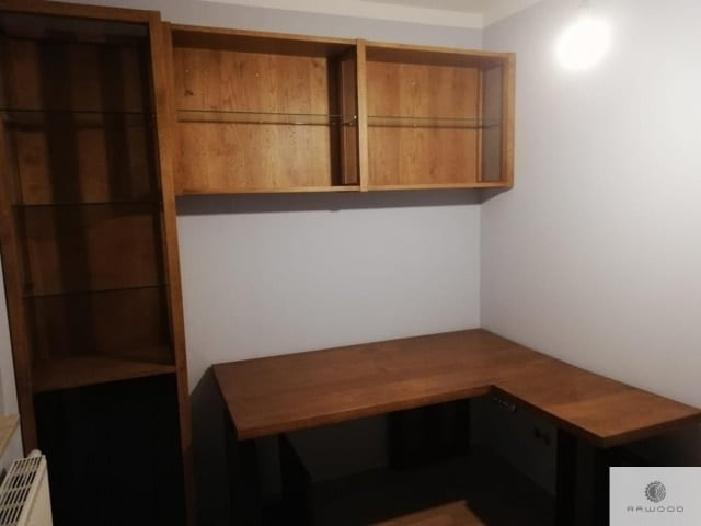 Desk and shelves of solid oak wood and glass to office