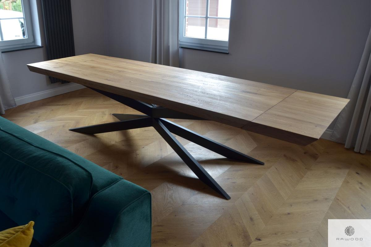 Table with thick oak tabletop and metal legs X DEVON